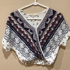 Cute pattern top xs